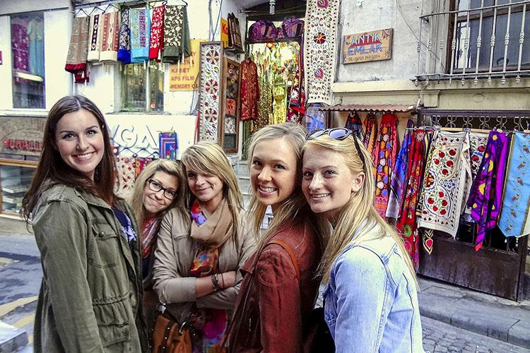 Istanbul: How Bazaar, How Bazaar