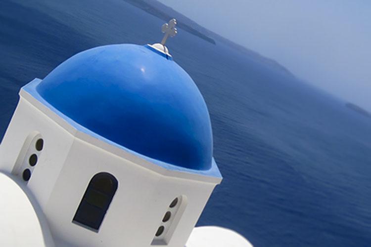 Heat Stroke & Wine in Santorini