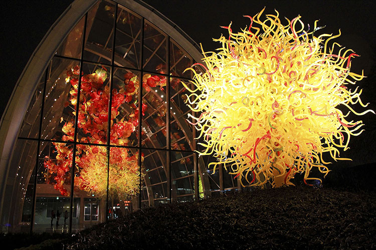Seattle Blown Glass Art: Chihuly Museum