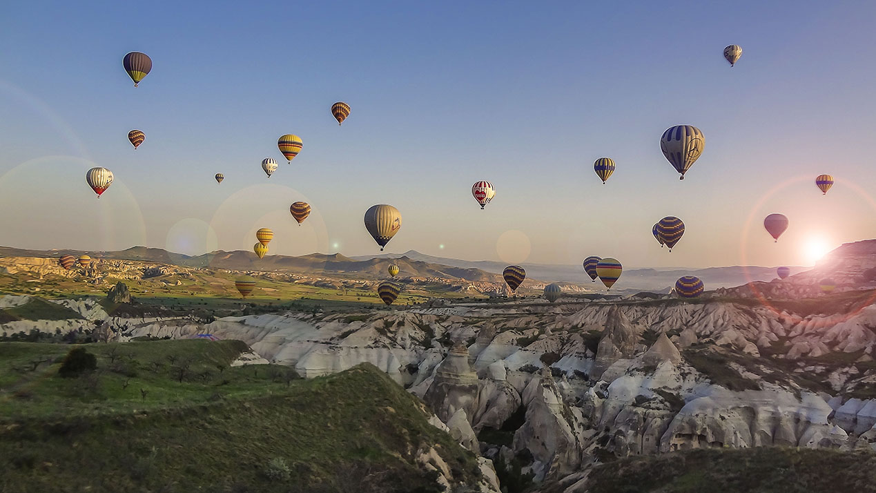Turkey: Hot Air Balloons over Cappadocia