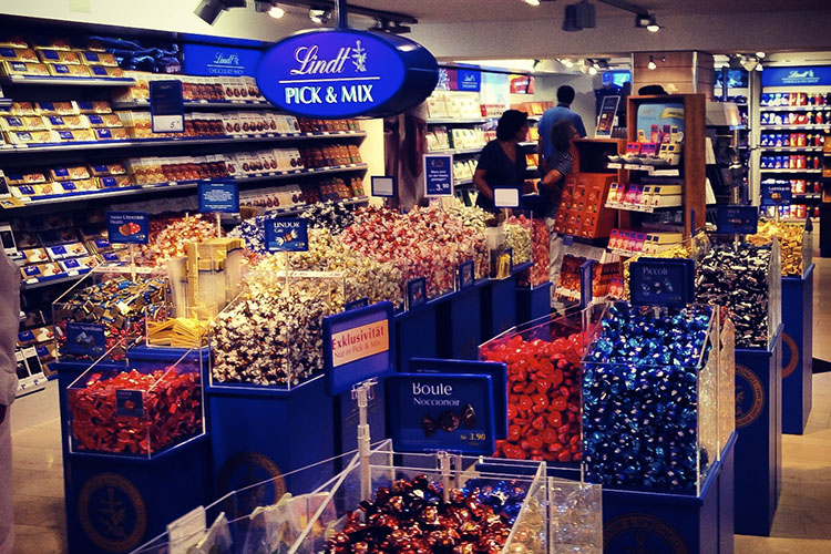 Lindt Stores: Where are the Oompa Loompa's?
