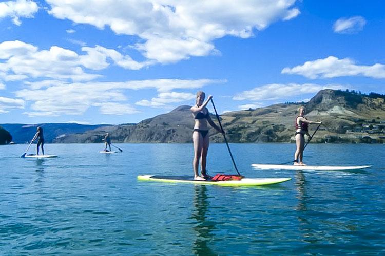 kelowna paddle boarding 750x500