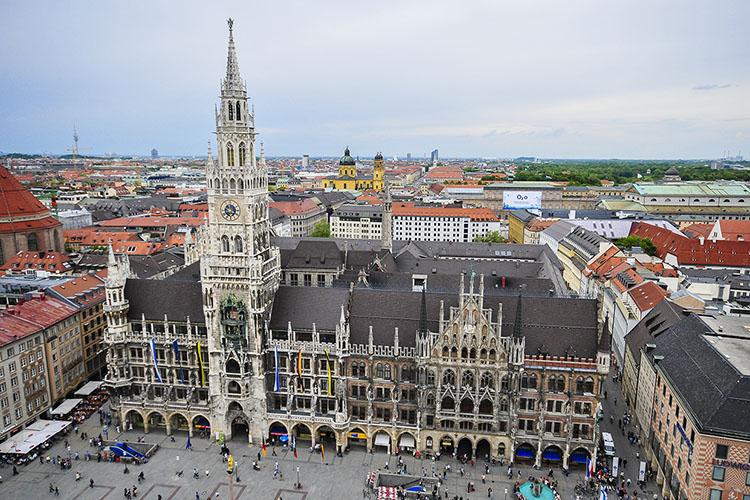 Munich: Beer & Beamers