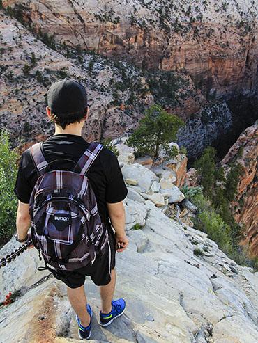 Angels Landing Hike 5 - Zion - Utah - Wanderlusters 4x3