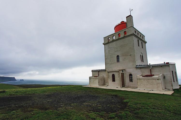 Iceland Lighthouse - Wanderlusters (950x633matte)