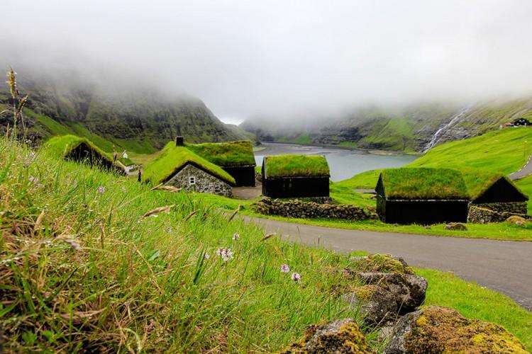 Wanderlusters - Faroe Islands Postcards - Saksun