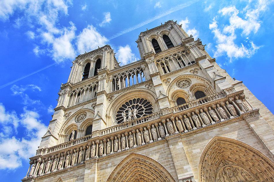 Bonjour: Arriving in Paris