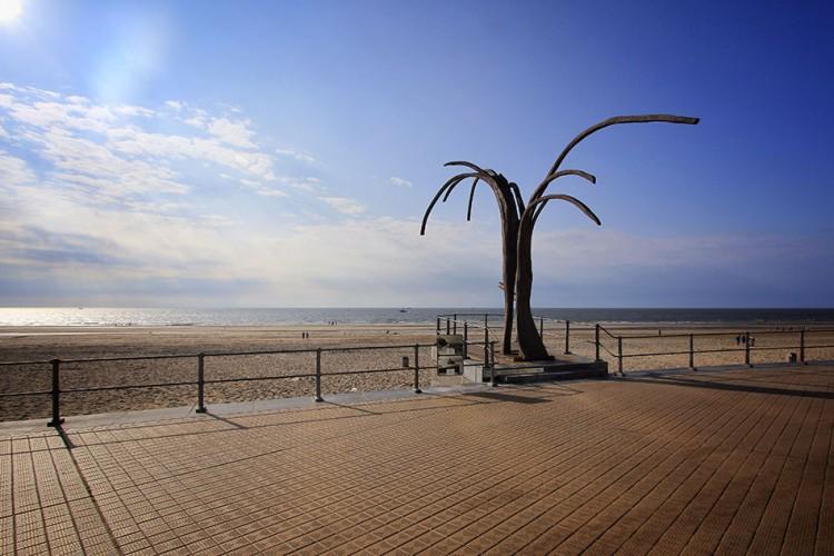 Ostend Beaches - Belgium - Wanderlusters (950x633)