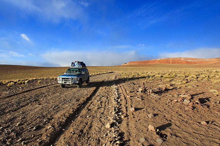 Bolivia Salt Flats Tour Vehicle - Wanderlusters