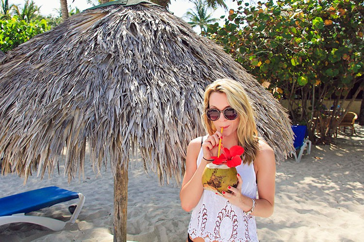 Cuba - Coconuts - Wanderlusters (750x500)