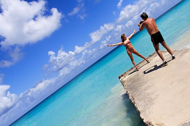 Cuba - Glamour Shots 1 - Wanderlusters (750x500)