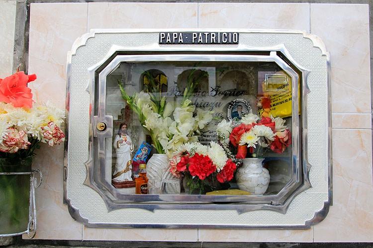 La Paz Cemetery Front - Bolivia - Wanderlusters