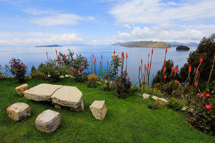 Lake Titicaca & Our Bolivian Border Crossing