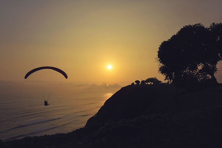 Paragliding in Miraflores - Lima Peru - Wanderlusters