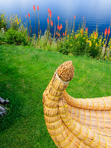 Reed Boat Details - Lake Titicaca Bolivia - Wanderlusters