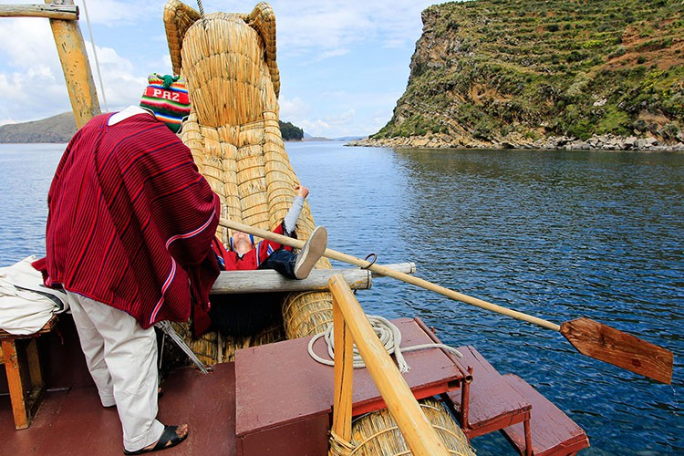 Steering Reed Boat Fall - Lake Titicaca Bolivia - Wanderlusters