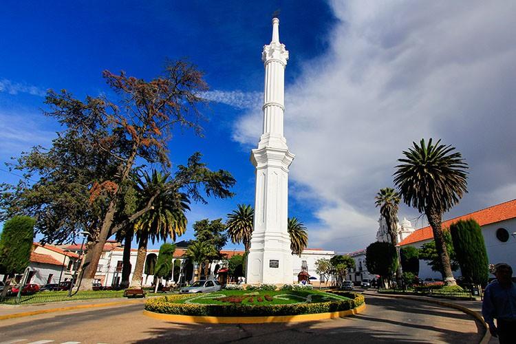 Sucre Main Square - Bolivia - Wanderlusters