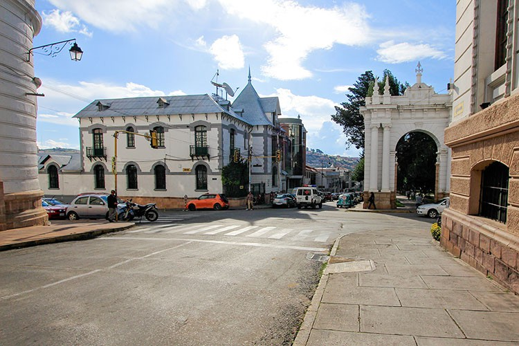 Sucre White Streets - Bolivia - Wanderlusters