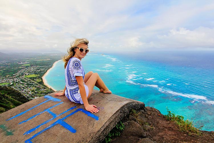 Deadmans Catwalk Viewpoint - Oahu Hawaii Hikes - Wanderlusters (750x500)