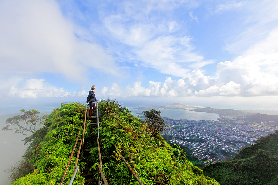 Haiku Stairs Viewpoint - Oahu Hawaii - Wanderlusters (950)