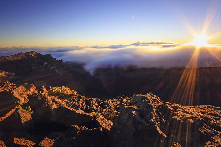 Haleakala Sunrise - Maui Hawaii - Wanderlusters (750x500)