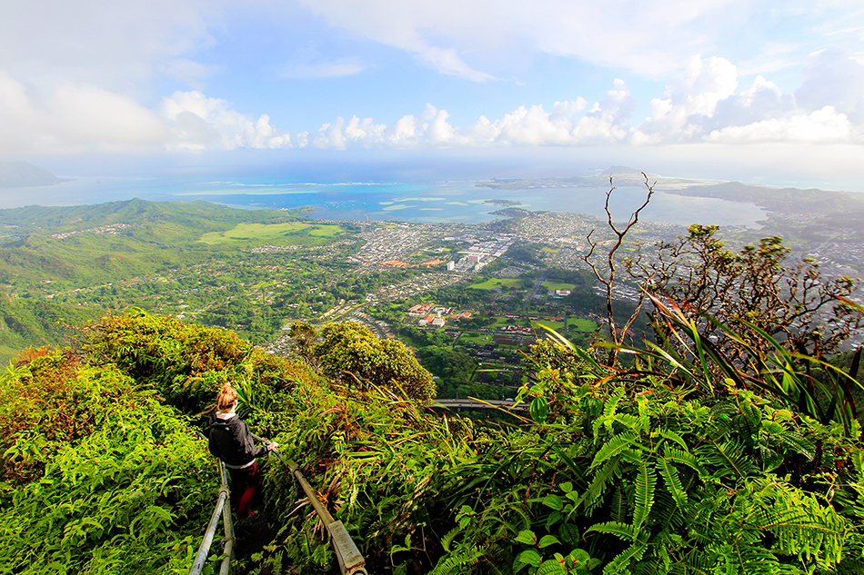 Stairway to Heaven Viewpoints - Oahu Hawaii - Wanderlusters (950)