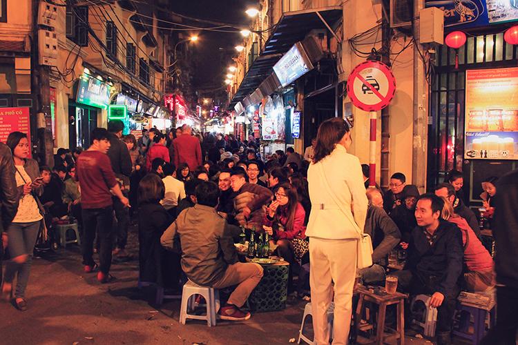 Beer Corner in Hanoi - Vietnam - Wanderlusters