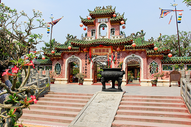 Pink Chinese Temple Quan Cong- Hoi An Vietnam - Wanderlusters (750x500)