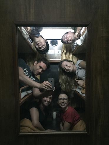 Vietnam 6 Person Sleeper Train - Wanderlusters (3x4)