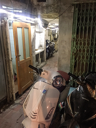 Vietnam Alleyways - Hanoi - Wanderlusters (3x4)