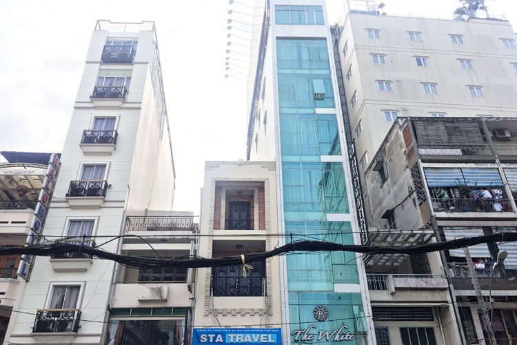 Vietnam Narrow Buildings - Wanderlusters
