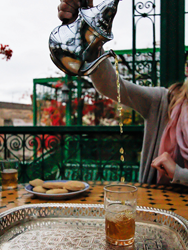 Pouring Tea in Morocco - Wanderlusters (3x4)