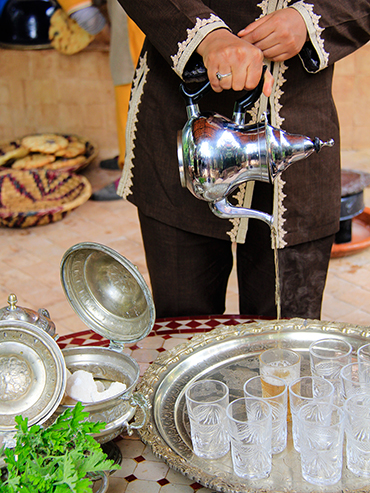 Serving Tea in Morocco - Marrakesh - Wanderlusters (3x4)