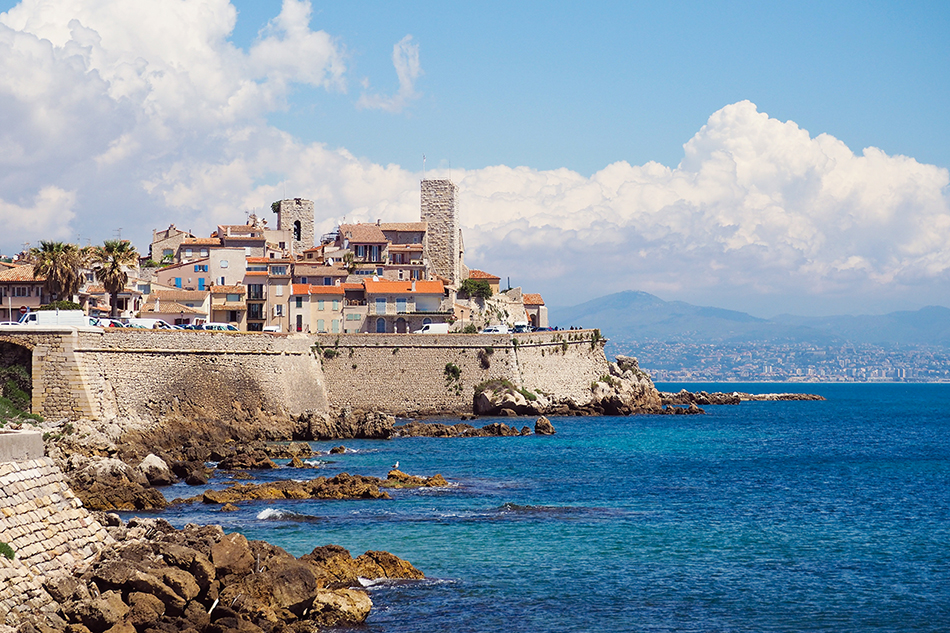 Antibes: The Luxurious Beach Life