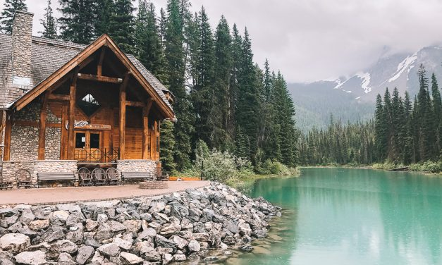Emerald Lake: Rustic Hideaway in Canadian Rockies
